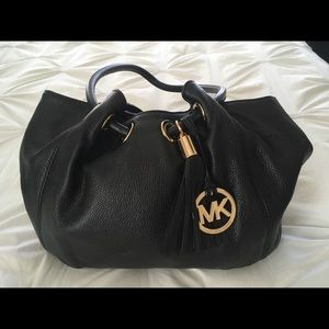 🎉Michael Kors black handbag.NWOT🎉